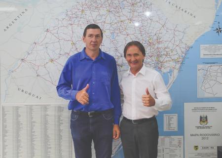 Prefeito Jocimar e Secretário Juvir Costella